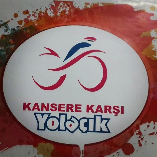 Bugün 09:00da Kıbrıs'taki bisikletliler meme kanserine karşı pedallıyor.  kanser #kanserarastirmavakfi #kktc #cycling #bisiklet #bicycle #kanserekarşiyolaçık