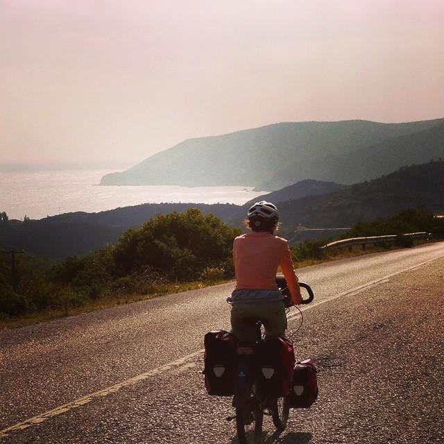 #yol uzar gider  #cycling #cycletouring #touringbicycle #gezgin #bisiklet #bicycle #bicycletour #touring #travel #traveller #explorer #yolculuk #santosbikes #ortlieb #halkidiki #greece #yunanistan