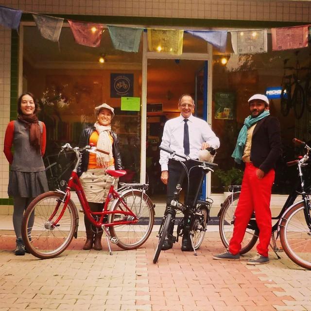 #brooks #fanride Kadıköy'de #ido iskelesinden 10da başlayacak. Siz de katılın. Bisiklet Gezgini'nde bitecek etkinliğin sonunda çekiliş ve ikram var.  #accell #bicycle #bisiklet #saddle #leather
