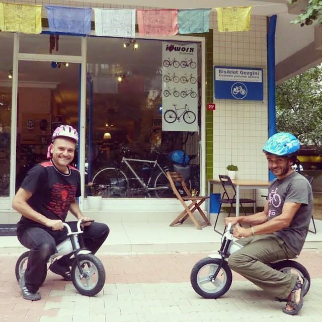 :) Atölyemizden çıkan her bisiklet test sürüşüne tabi tutulur. #neşe #fun #cycling #bisiklet #bicycle