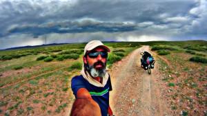 """Bisiklet Gezgini söyleşileri: Baştan sona Asya """"Karaköy'den Tokyo'ya, 7 ay 10030 km süren yolculuğun izleri"""" , Bilgin Bilicioğlu @ Kozyatağı Kültür Merkezi"""